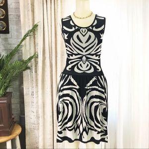Max Studio Dress Sz S Black White Fit and flare